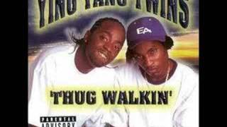 Watch Ying Yang Twins Thug Walkin video