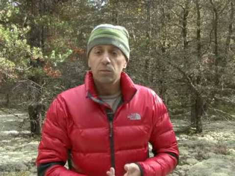 The North Face Crimptastic & Magnus jackets Video