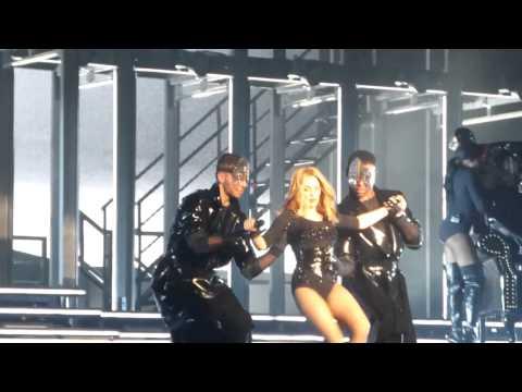 Kylie Minogue - Sexercize Live at Qantas Credit Union Arena Sydney 20/3/15 KMO Tour
