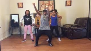 NewGeneration916 dancing to Akube @dotmanofficial