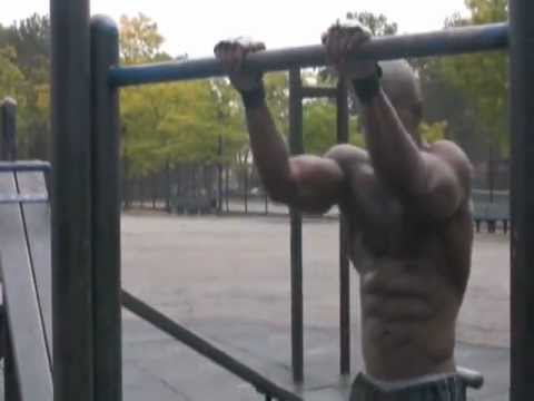 Muscle Up Training Ghetto Street Workout - How To Do a Muscle Up Book DVD and Street Ghetto Workout