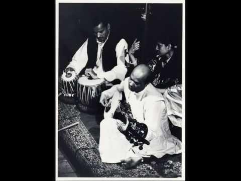 Ali Akbar Khan  Raga Jogiya Kalingra video