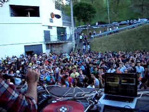 Luciano, Mikel_E, Soulrack, Charles Ramirez @ Txitxarro Open Air 2010 (Parte 2)
