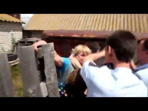 Жители села встали на зщиту обманутой семьи г. Волгоград