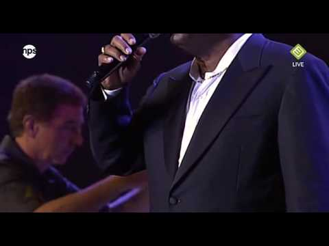 North Sea Jazz 2009 Live - George Benson - Smile (HD)