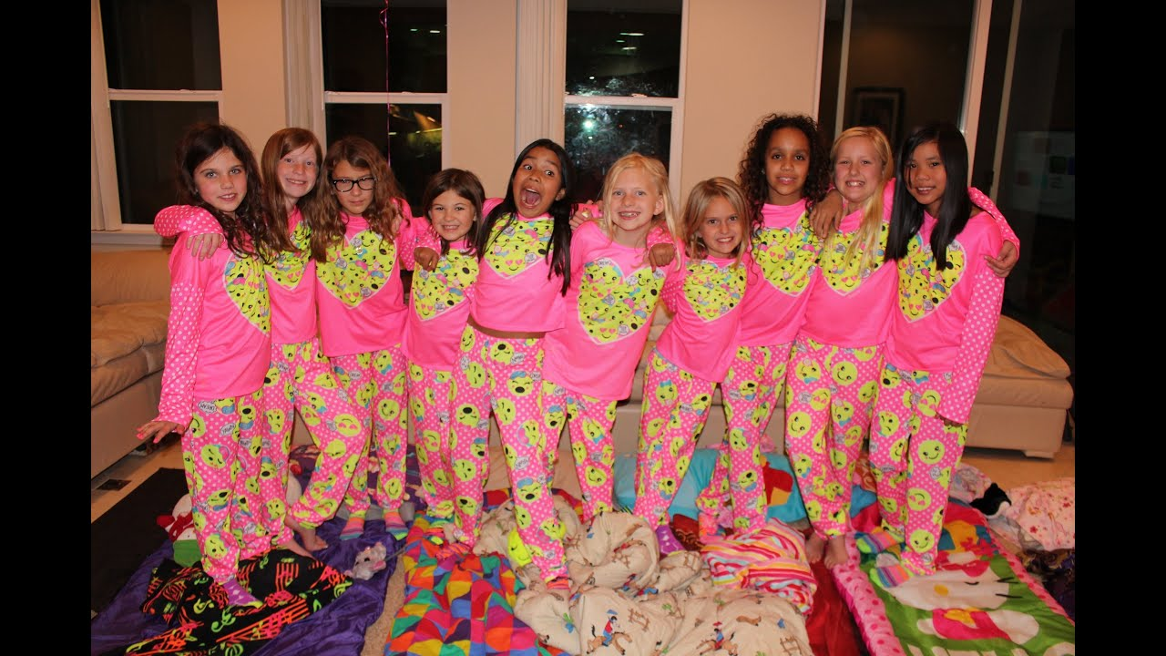 How to Have a Girly Sleepover