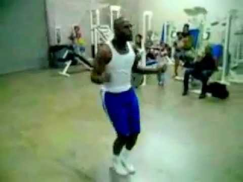 Floyd Mayweather Work with a skipping rope Image 1