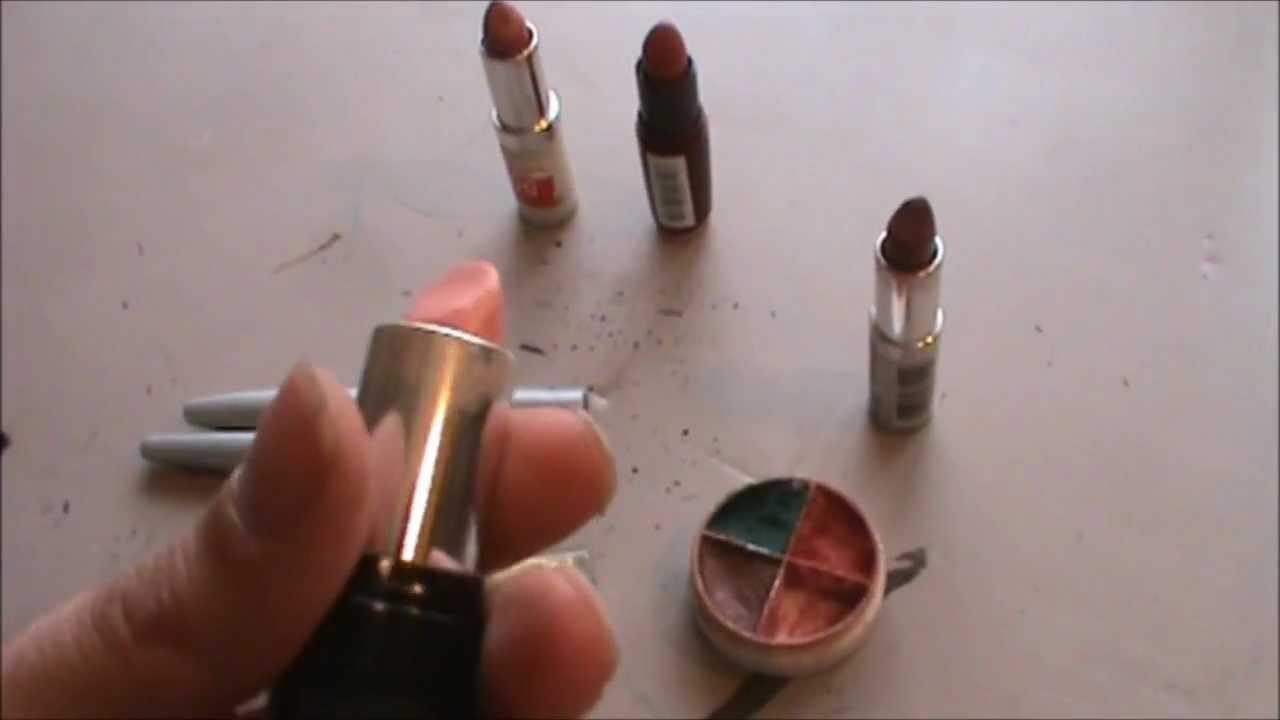 a Basic Cosplay Makeup Kit