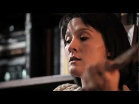 Cate Le Bon - That Moon