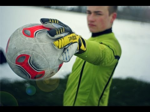 adidas Predator Fingersave Allround 2013 Hands-On & Unboxing | Goalkeeper Gloves