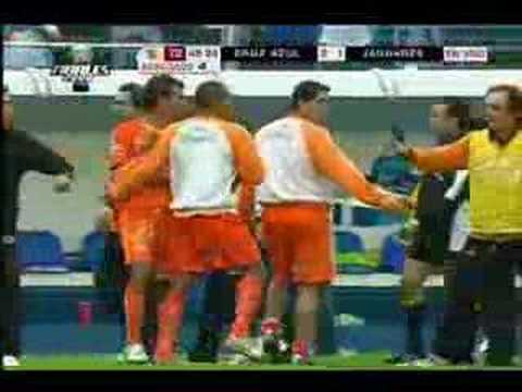 Cruz Azul vs Jaguares, la pelea