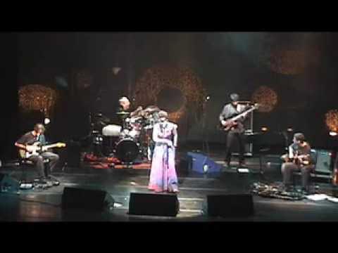 Cover image of song Um Som by Arnaldo Antunes