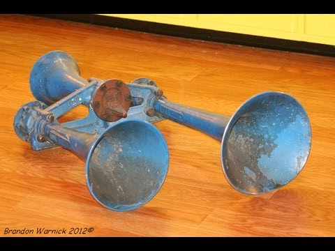 A run by of my former Conrail Leslie RS3L train horn. 2-2-2013