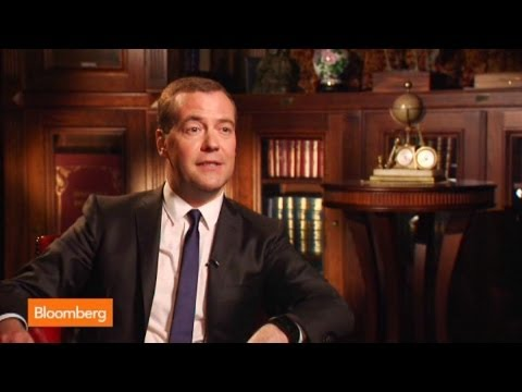 Dmitry Medvedev: Social Media Is Good and Useful for Russia