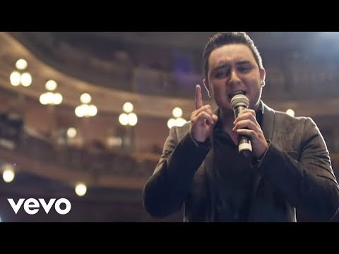 Kevin Ortiz - Bien Enamorado (Official Video)
