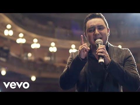 Kevin Ortiz - Bien Enamorado (Official Video)
