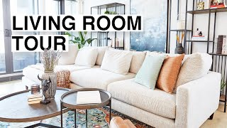 WE MADEOVER OUR ENTIRE LIVING ROOM! 🏡