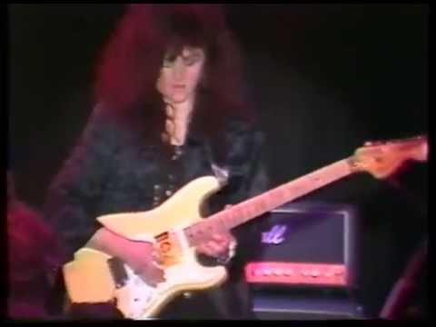 Lori Linstruth Lori Linstruth Guitar Solo