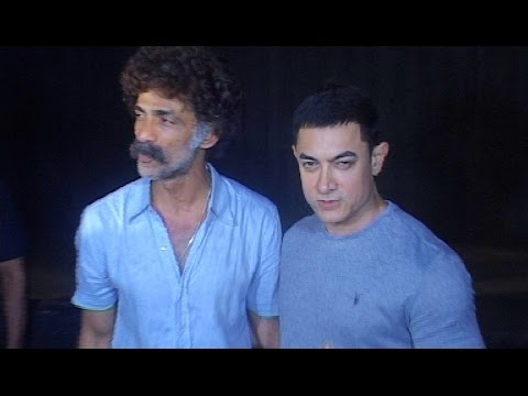 Aamir Khan At Marathi Movie 'saturday Sunday' Premiere video