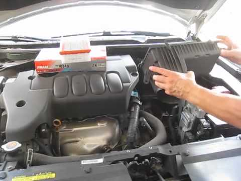 Nissan Altima 2007 changing air filter (engine)