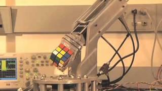 Robot - Robot giai quyet Rubik trong 15 giay