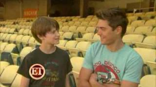 ET plays catch with Zac Efron & Charlie Tahan
