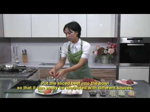 Cooking Korean beef bulgogi with Ms Moon Sung Shil (episode 8)