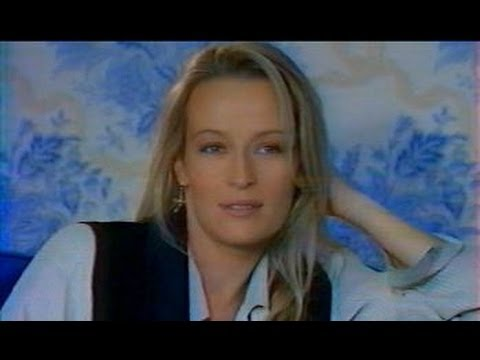 Estelle Hallyday interview in 90's
