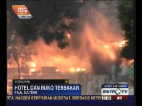 Empat Bangunan di Palu Terbakar