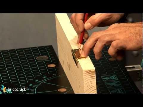 Carpinter a poner bisagras de libro bricocracktv youtube - Puerta abatible cocina ...
