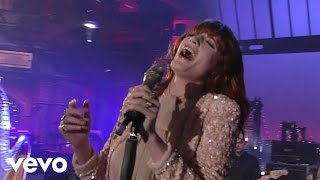 Download Lagu Florence + The Machine - Heavy In Your Arms (Live on Letterman) Gratis STAFABAND