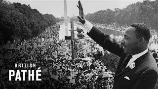 Martin Luther King Delivers His