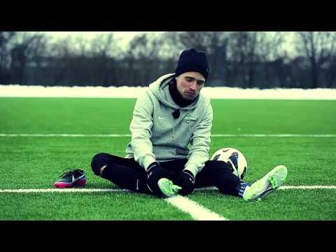 Review of Nike Mercurial Vapor IX AG + ENGLISH SUBTITLES