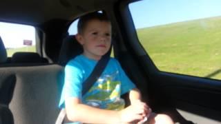 Blake Shelton Video - Gunner singing Boys 'Round Here by Blake Shelton