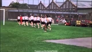 Olsen-bandens sidste bedrifter (1974) - Benny og Kjeld og idræt ved Politiet