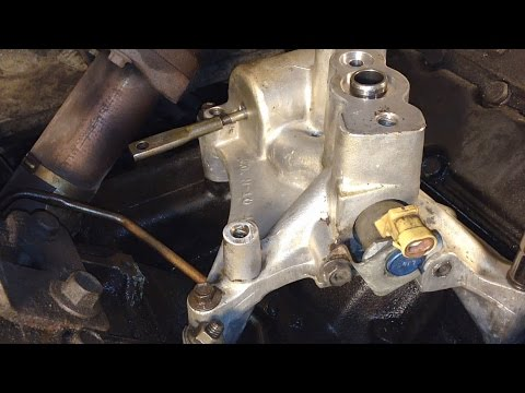 Ford 7.3L Powerstroke Oil Leak: Turbo Pedestal Seal Replacement
