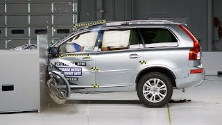 2014 Volvo XC90 small overlap IIHS crash test