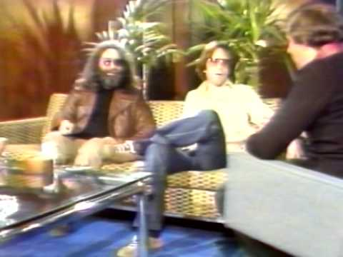 Jerry Garcia & Bob Weir - Interview - 11/6/1979 - Philadelphia (Official)