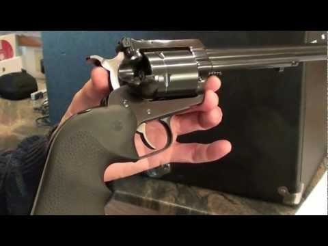 Ruger Super Blackhawk 44 Magnum Performance & Pachmayr Pistol Case