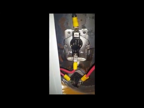DC Thermostat Running A 48V 600W Water Heating Element from Missouri Wind and Solar