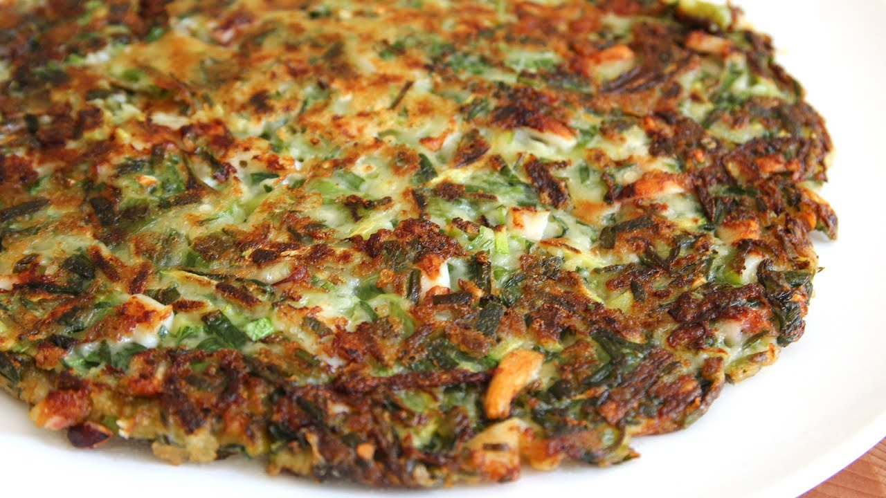 Korean Style Vegetable Pancake Quot Yachaejeon Quot Youtube