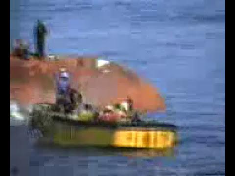 Buque pesquero se hunde por mala maniobra