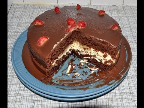 How To Make Birthday Chocolate Cake - آموزش پخت کیک تولد با روکش شکلات و خامه