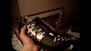 Unboxing Nike Zoom LJ 4 Spikes