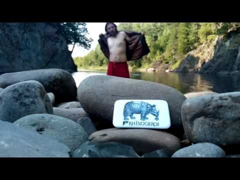 Parti Rhinocéros : conférence de presse dans la rivière Ouelle