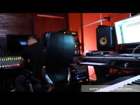 Desde el estudio trabajando lo nuevo Joey Montana Eddy Lover 24 7