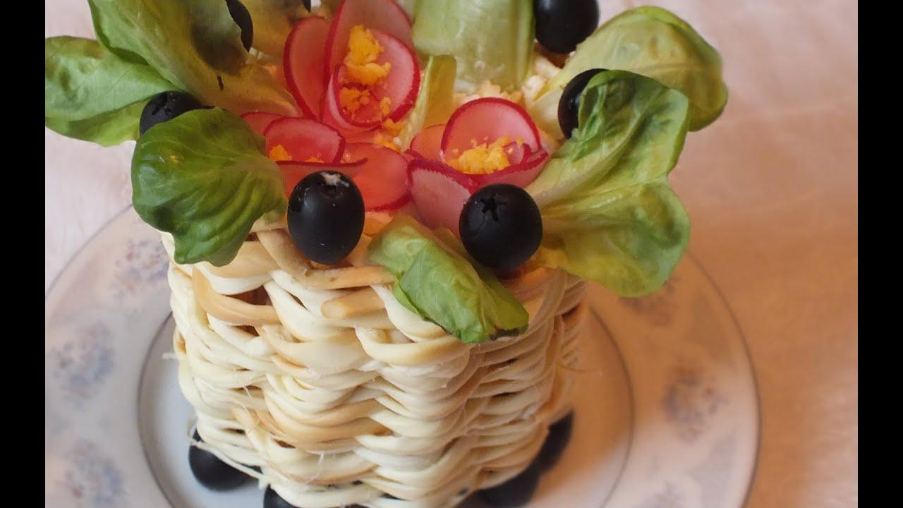 Вкусный и простой салат с кальмарами рецепт