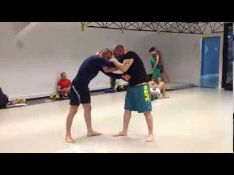 TÉCNICAS MMA/MMA DRILLS VOL 5. : FLIYING ARM BAR-LLAVE DE BRAZO VOLADORA Y CON DERRIBO Image 1