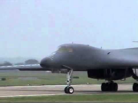 RAF Mildenhall B-1 Departure 31/7/12.flv