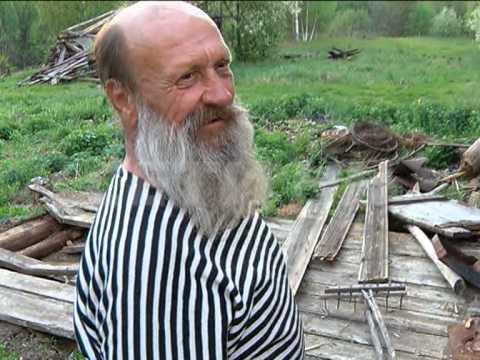 Пенсионер несмотря на запреты властей вернулся домой